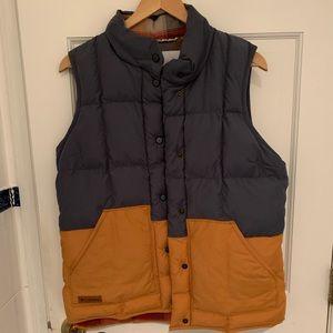 Columbia Women's Puffer Vest (Medium)